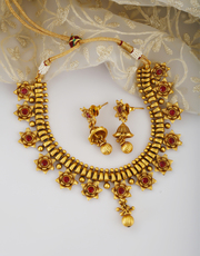 Shop for Latest Necklace Designs Online for Women at Best Price